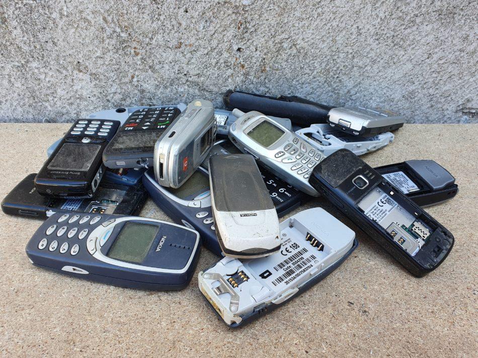 mobiele telefoons en handy zonder batterij inleveren
