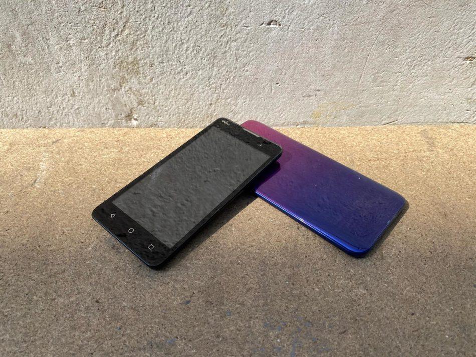 hoogwaardige smartphone met batterij inleveren