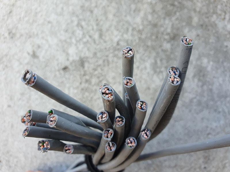 minimaal 40 koperen kabel